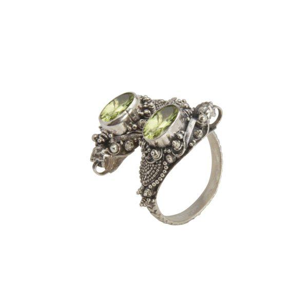 anillo de plata serpiente y peridoto shadisilver