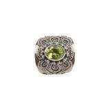anillo de plata con peridoto lateral shadisilver.jpg