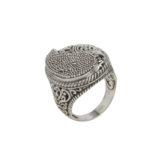 anillo de plata de ley oxidada labrado a mano lateral shadisilver