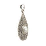 colgante plata de ley oxidada con perla mabe lateral shadisilver