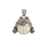 colgante de plata cara tallada y piedras shadisilver