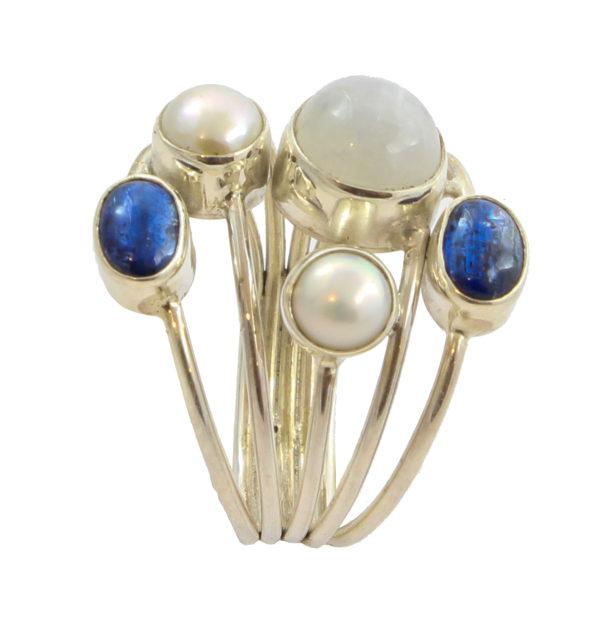 Anillo de plata de ley con iolita y perlas Shadisilver